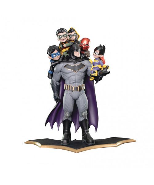 QMx Batman Family Q-Master Diorama